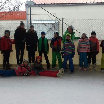 Ministranten-Eislaufen