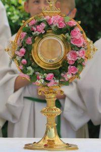 eucharist. Anbetung